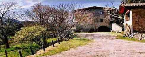 Ruta de les Tres Colades - Cingleres basàltiques de Sant Joan les Fonts