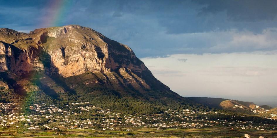 Monte-Pedreguer-septiembre-2013-945x472