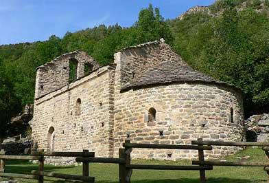 Valle Angostrina - Lago Les Bulloses